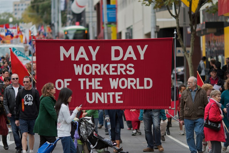 The Communist Manifesto | Workers of the World Unite.